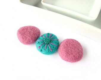 Felted wool beads  (plane plum and amazonite with abstract floral ornaments).  Abstract embroidery, handmade wool beads, felt wool ornaments