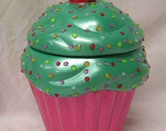 Minty Passion Fruit 3-D Sparkling Fruit Dots Cupcake Jar