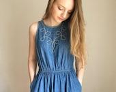 ON SALE Denim Dress with Pockets Oscar De La Renta for Swirl, Midi Dress, Sleevless Denim Dress, Minimal Dress, Modern Vintage, Circle Skirt