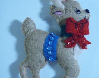 Bucilla Felt REINDEER CHRISTMAS ORNAMENT from Woodland Collection