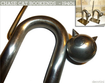 Streamline Chase Satin Nickel CAT BOOKENDS. Moderne Design Walter Von Nessen 1934. Made in Waterbury Ct. Iconic Killer Cool Cats Book Ends!