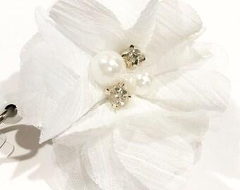 White Chiffon Flower Bow Rhinestone Pearl Embellished Retractable ID Name Tag Badge Reel