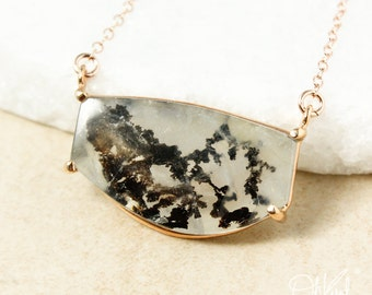 Cloudy Grey & Black Dendritic Quartz Necklace - Horizontal Necklace - Dendrite Quartz