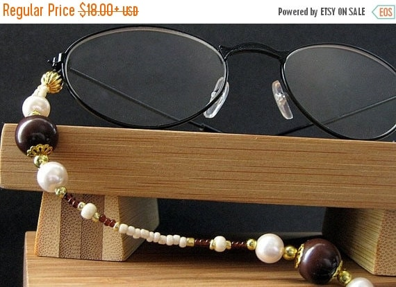 HOLIDAY SALE Brown Eyeglass Necklace. Glasses Lanyard. Cafe Mocha ID Lanyard. Mocha Brown and Cream Lanyard. Beaded Lanyard. Ivory Eyeglass