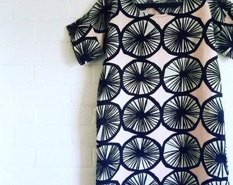 Womens Dress made from Marimekko Fabric , Black and Pink Appelsiini Marimekko Linen Fabric Dress
