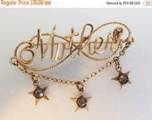 ON SALE Pretty Vintage 10K Gf Wire Mother Brooch