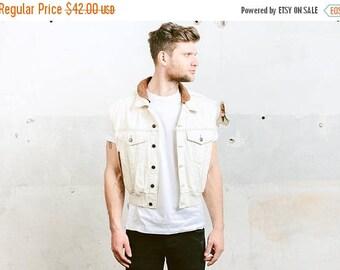 WEEKEND SALE . LEVI'S Denim Jacket . Men's Jeans Jacket Sleeveless Beige Jacket Vest Gilet Suede Collar Vintage 80s Trucker Jacket Outerwear