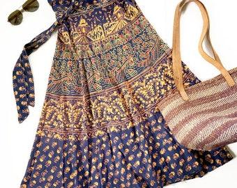 Vintage Hippie Wrap Skirt / Batik Wrap SKirt / Boho Chic