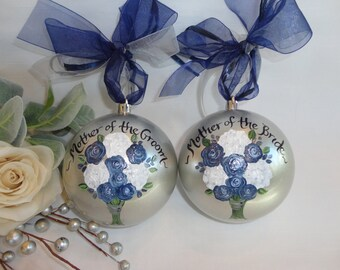 Mother of the Bride Ornament, Mother of the Groom Ornament, Mother of the Bride Gift, Wedding Ornament, PERSONALIZED to YOUR FLOWERS!!!!