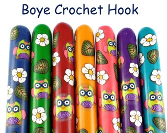 Crochet Hook, Boye Polymer Clay Covered Crochet Hook, Owl, Woodland, Custom Hook