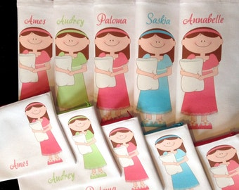 Sleepover party favors, BFF birthday slumber party favours personalized party favors tote bags and zipper pouches for little girls