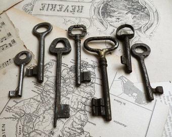 Handmade Vintage Skeleton Keys - Rustic Keys - 7 Iron Keys (S-69).