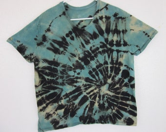 Tie Dye T-shirt Womens Size XL Light Blue and Black