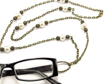 Women's Eyeglass Chain with Pearls and Filigree Beads, Pearl Eyeglass Holder, Eyeglass Holder Necklace, Eyeglass Loop, Gift for HER