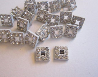 20 vintage rhinestone prong findings - cream metal with clear rhinestones, prong attachments, bling, embellishments