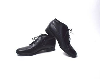 Black Ankle Boots by Munroe American, Size 8 1/2