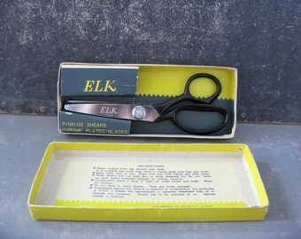 Vintage Pinking Shears, Elk, Scissors, seeing supplies