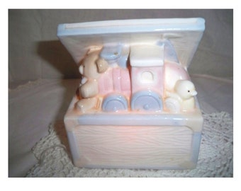 Enesco Vintage Toy Chest Night Light - 1987