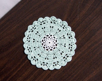 Small Scallop Shell Crochet Lace Doily, Mint Green Decor, Cottage Chic Table Accessory
