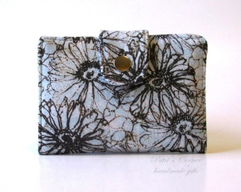 Handmade women wallet - small and slim - Light blue with brown floral - ID clear pocket - ready to ship - gifts ideas for her
