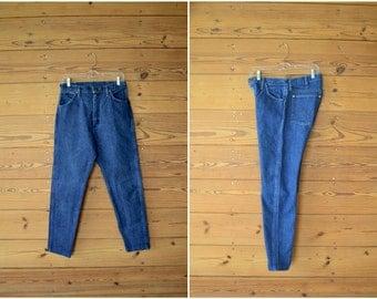 1980s high waist wrangler blue jeans / modern cowboy pants / medium large