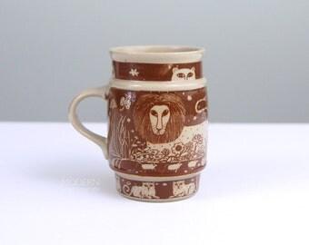 Vintage Taylor And Ng Primitives Brown Lion Cat Ceramic Barrel Mug