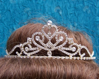 Vintage rhinestone tiara prom pageant wedding bridal headdress 1980s fashion headpiece (AAF)