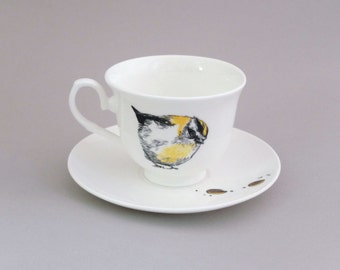 Gold Crest & Jaffa Cakes Tea Cup and Saucer