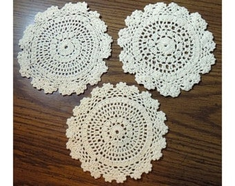 "Vintage Set of 3 Doilies, Ivory White Doily Round Coasters, Figurine Bases, Small Crocheted Geometric Stitching, 6"" Diameter"