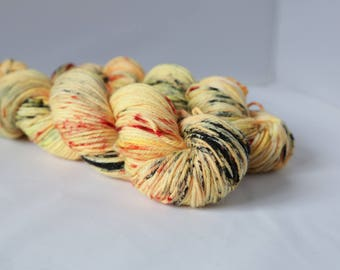 Hand dyed DK yarn 100g Sunspots colourway