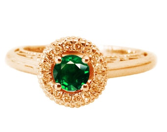 Emerald Ring Halo Engagement Ring Red color 18K Gold with D-E VVS Diamonds