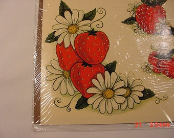 Vintage Meyercord Decal Strawberries & Daisies   16 - 567