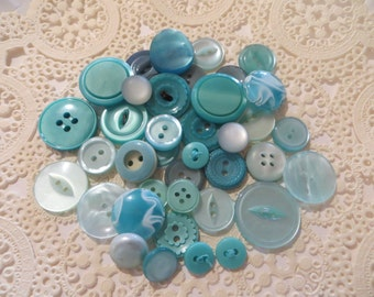 Vintage MInty Aqua Buttons-Lot-Craft-Sewing