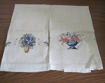 2 Vintage Linen Hand Towels With Petit Point Floral Decoration Circa 1950's