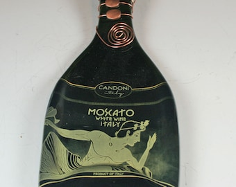 Candoni Moscato D'Italia Wine Bottle Cheese Board/ Italian Wine, Gift for the Wine Drinker,  Wine Cheese Tray / Recycled Glass