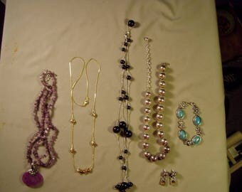 Vintage Lot Premiere Designs 4 Necklaces Bracelet Pierced Earrings 9252