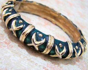 Petite Gay Boyer Green Enamel Hinged Bangle Bracelet, Gold Tone Setting, Arm Party, Layering Piece, Vintage Jewelry, Costume Jewellery 417hs