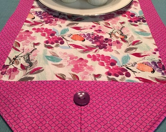 Table Runner - House Warming Gift - Handmade Gift ** Pink Floral with Grapes Table Runner *Gift for Mom / Gift for Girlfriend / Hostess Gift