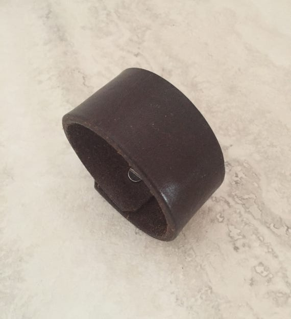 Handmade Brown Leather Bracelet, Women's Leather Cuff (size 6.75 inches)