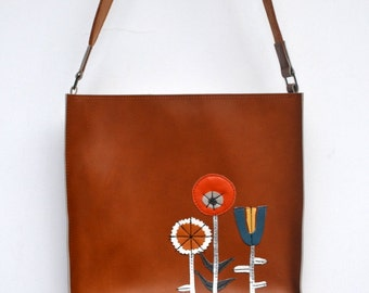 NEW caramel leather shoulder bag with hand-cut leather flower collage