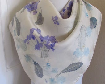 """LIBERTY of London Scarf // White Floral Soft Silk Scarf // 27"""" Inch 69cm Square"""