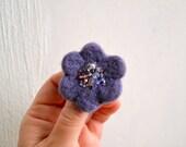 Little Needle Felted Brooch Light Purple Wool Felt Flower, Small Felt Flower Pin, Flower Brooch, Felted Flower,Corsage Brooch,Woolen Brooch