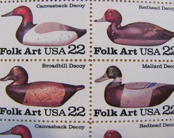 Nice Decoy 50 Vintage UNused US Postage Stamps 22c Folk Art Wooden Duck Waterfowl Hunting Twitter Tweet Vermont New England Save the Date