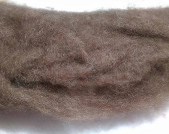 Icelandic Wool Batting/ Felting Supplies / Spinning Fiber / Natural Brown