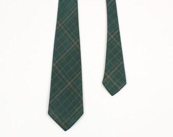vintage 1930s 40s plaid necktie • Wembley brand green plaid