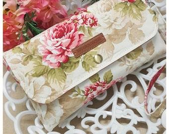 Wallet clutch vintage roses