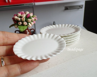 Miniature Oval Plate White Flower Scallop Edge, 1/12 scale ~ 1/4 scale Dollhouse Dolls Fake Food DIY Craft Food Jewerly (size: 4.5cm x 6cm)