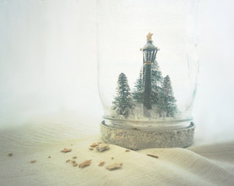 Narnia Mason Jar Snow Globe, Fantasy Christmas Decoration, Narnia Lamp Post