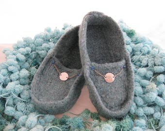 Cadet Blue Wool Knit Felted Moccasin Slipper, Ladies Sizes 5 6 7 8 9 10,  Made to Order, Disc Chain Design, Handmade Slippers, Wool Moc
