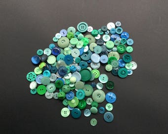 Green And Blue Retro Buttons